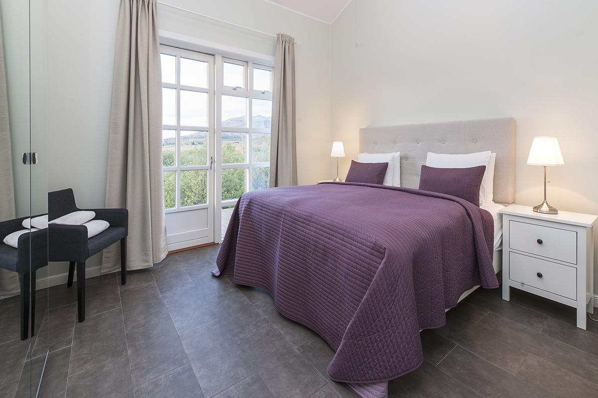 Deluxe-Apartment-10-1200x800PIX