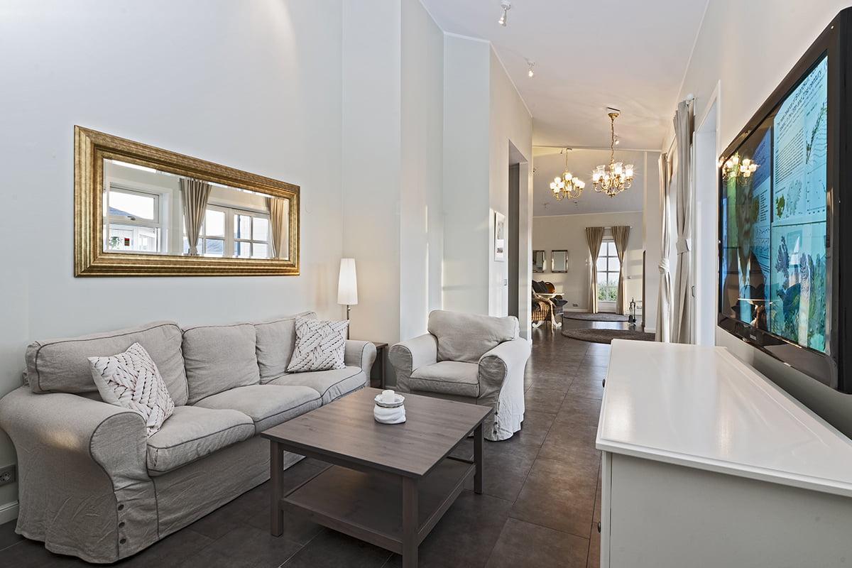 Deluxe-Apartment-12-1200x800PIX